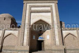 Travelling to Khiva on the special tourist trolleybus will be possible in the near future