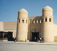 Guaranteed departure tours to Uzbekistan